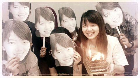 14 Maret: Happy Birthday Karen(s)